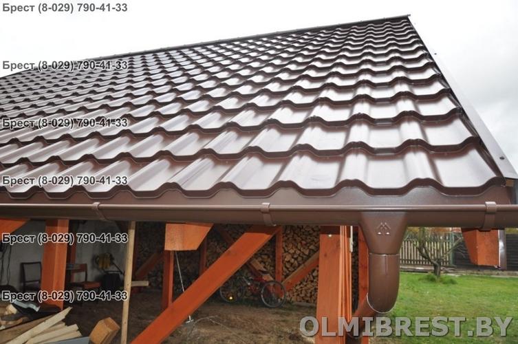 Фото модульной металлочерепицы на крыше Plannja Flex в Бресте